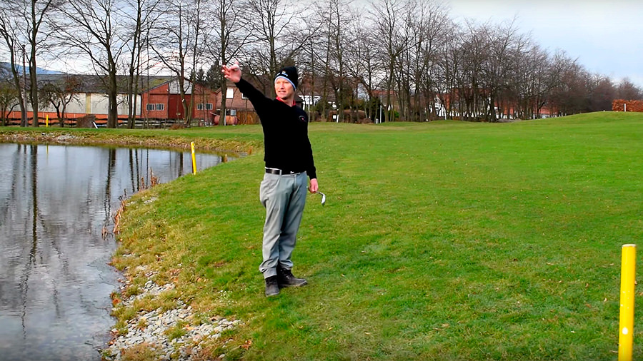 Golfregeln - Frontales Wasserhindernis - Silas Wagner Golf 180
