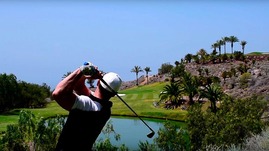 Golfreise Teneriffa Golfplatz Abama - Silas Abschlag Wasser