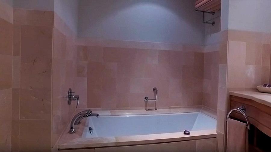 Golfreise Teneriffa - Hotel Ritz Carlton Abama - Badewanne